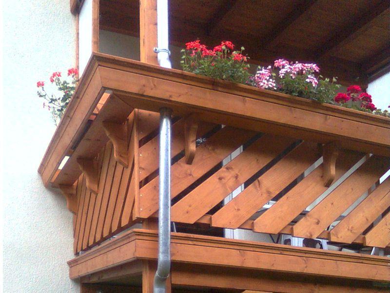 Referenzen Zimmerei Otto Gro Schirma Dachstuhl Balkon